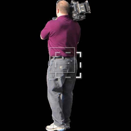 IE-cameraman-in-purple-shirt